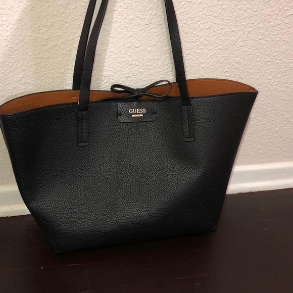 Guess Handbags - GUESS reversible tote bag c30e080bcfbb1